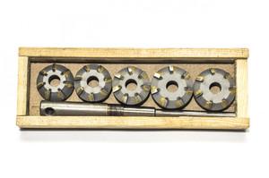 Набор зенковок ВАЗ 2101-2107, 2108 для ремонта седел клапанов двигателей