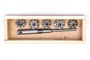 Набор зенковок ВАЗ 2108-2109 (1.1V и 1.3V) для ремонта седел клапанов